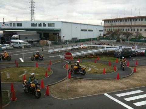 京都には全国でも珍しい二輪専門の教習所があります。